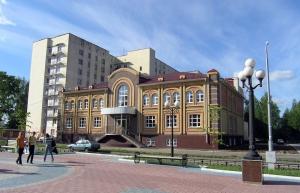 Торговый центр на бульваре Победы в г.Йошкар-Оле